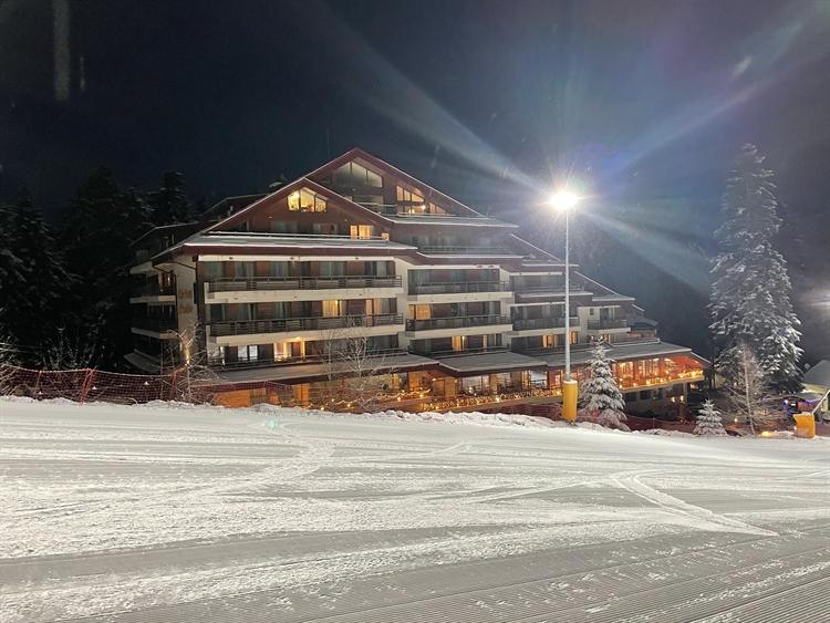 popular club hotel yanakiev - 4